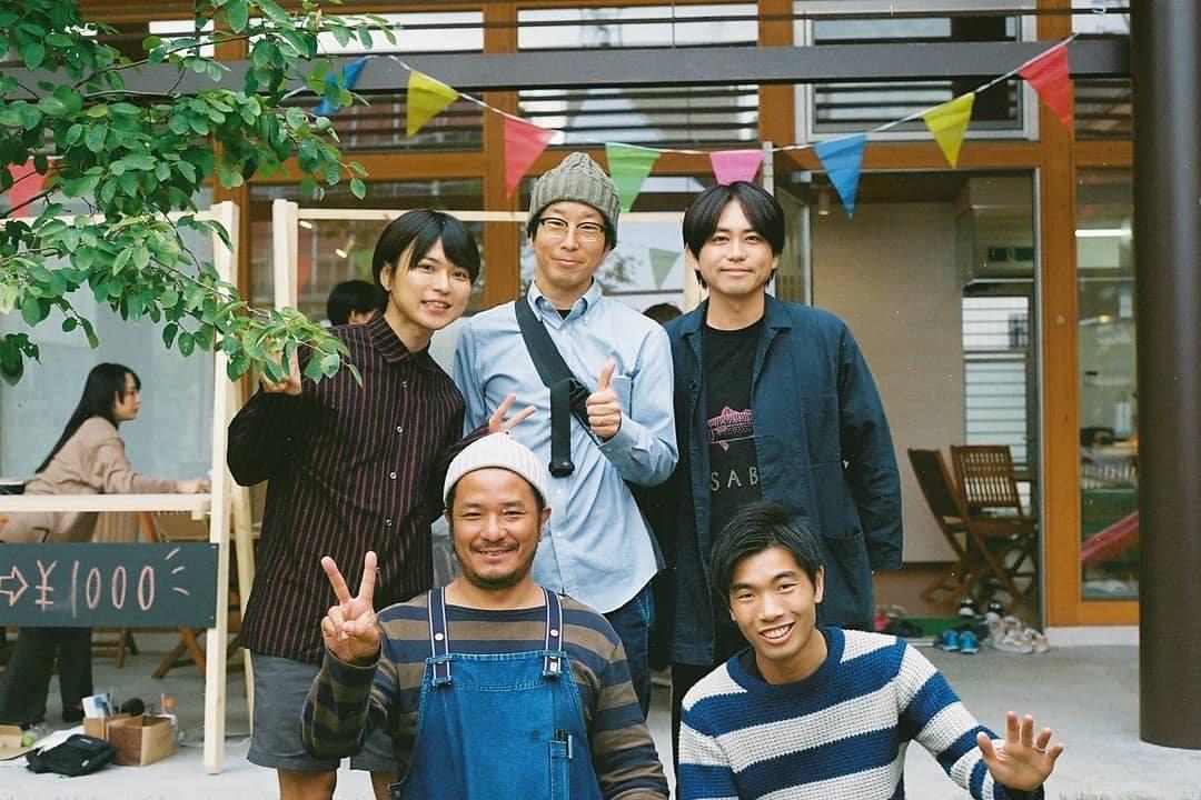 上段左が、生活芸人として様々な活動を行っている田中佑典さん。