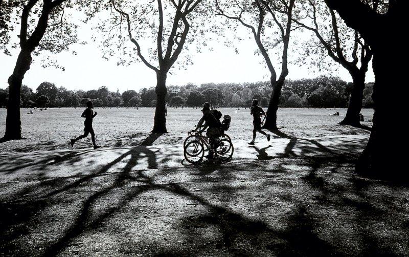 ビクトリアパークという公園での一枚。こちらもロックダウン後は多くの人が集まる場所の一つ。