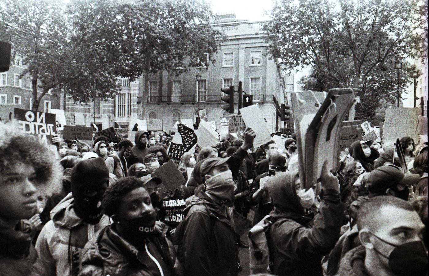 BLMのデモの様子。